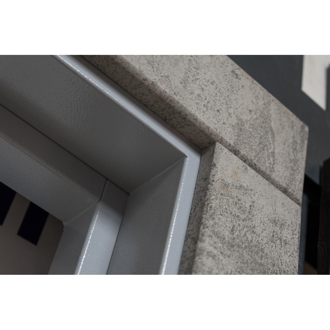 Купити вхідні двері Аліса (серія «ВІП+»)