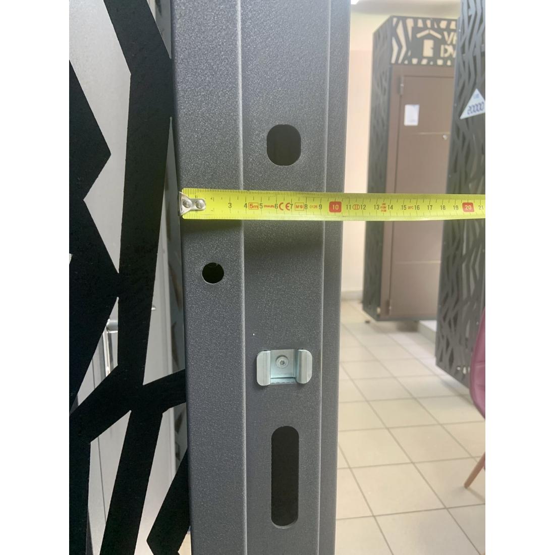 Купити вхідні двері Гарант Графіт (серія «Метал/Метал»)
